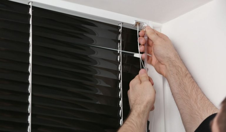 How To Fix Apartment Blinds