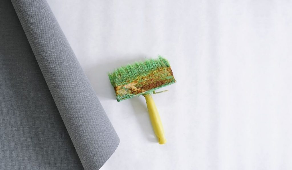 wallpaper and brush for glue